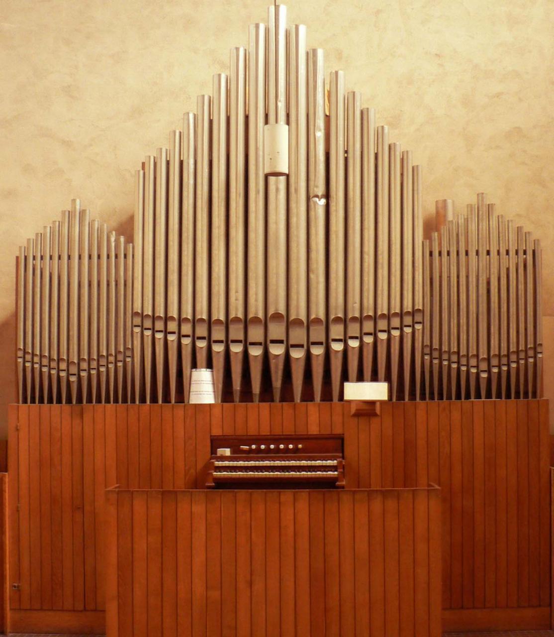 Orgue chapelle Clarté Dieu